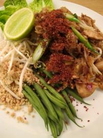 Phad Thai Gai
