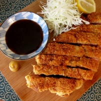 Tonkatsu トンカツ (Crumbed Pork Cutlet)