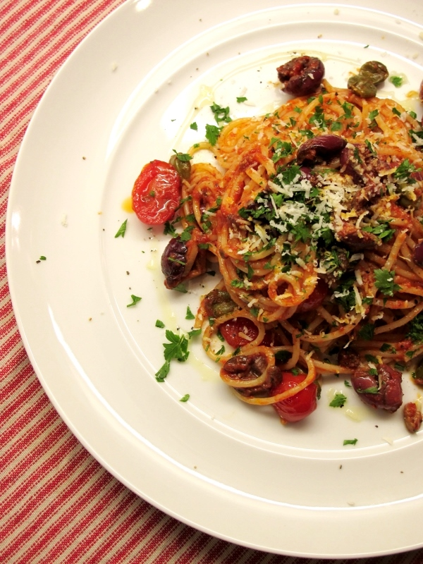 Spaghetti alla Puttanesca | the muddled pantry