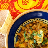 Lobia Khumbi (Black-eyed Beans with Mushrooms)